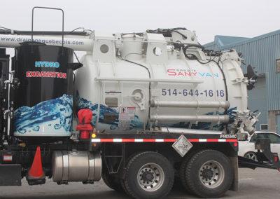 Camion Groupe Sanyvan three - Notre flotte - Montréal - Drainage québécois