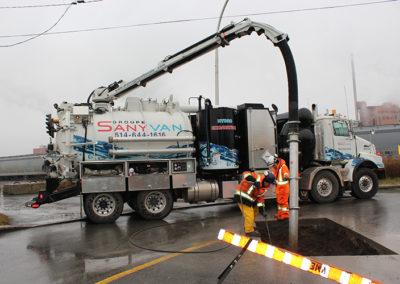 Camion Groupe Sanyvan one - Notre flotte - Montréal - Drainage québécois