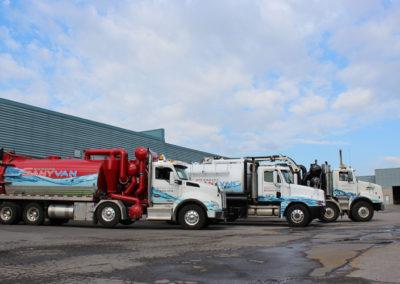Camion Groupe Sanyvan fourteen - Notre flotte - Montréal - Drainage québécois