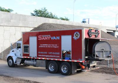 Camion Groupe Sanyvan eleven - Notre flotte - Montréal - Drainage québécois