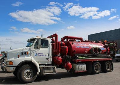 Camion Groupe Sanyvan nine - Notre flotte - Montréal - Drainage québécois