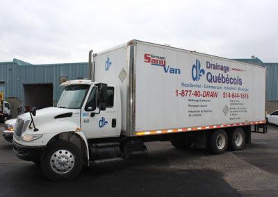 Camion Groupe Sanyvan five - Notre flotte - Montréal - Drainage québécois